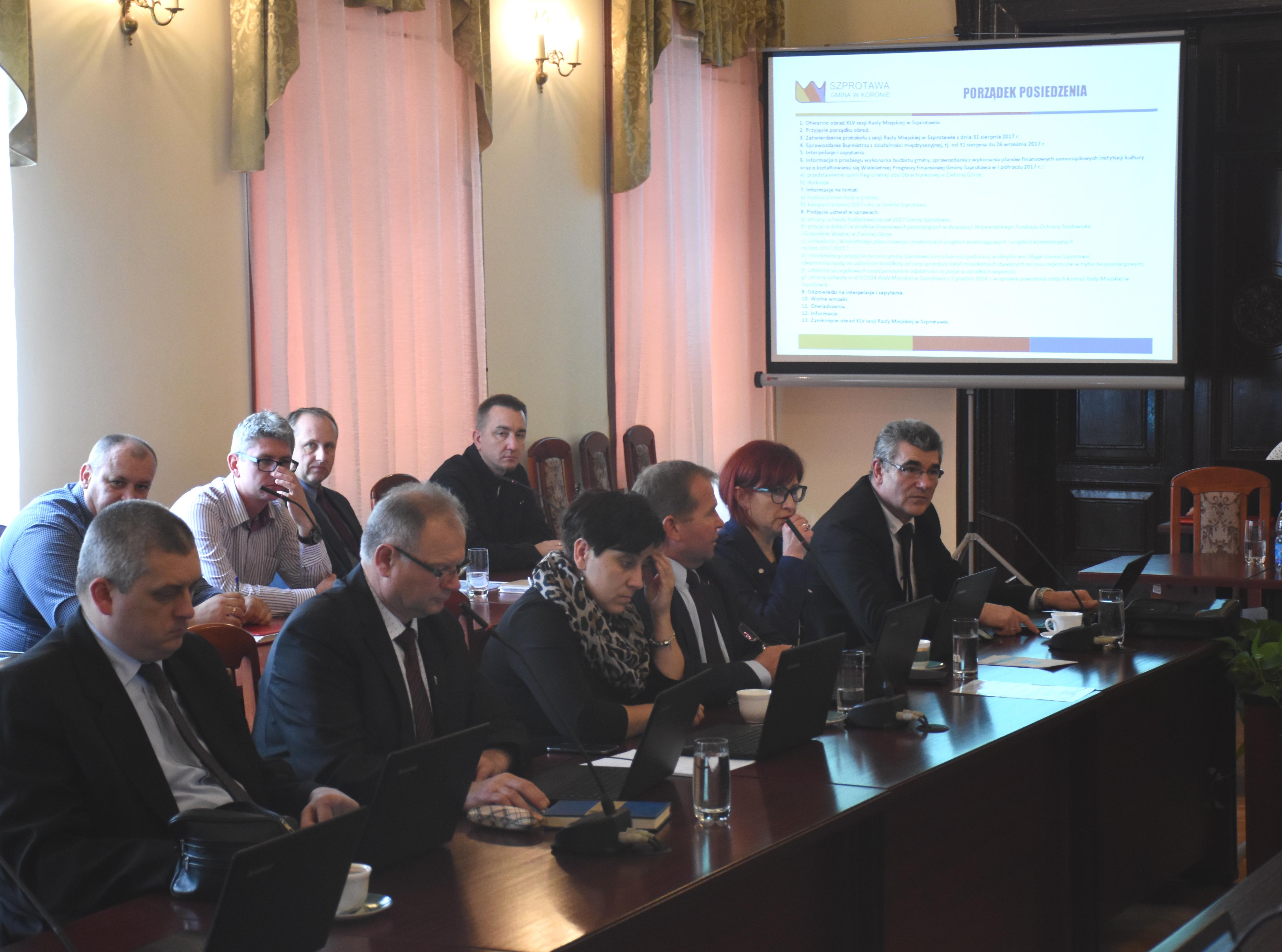 Ilustracja do informacji: Sesja Rady Miejskiej w Szprotawie