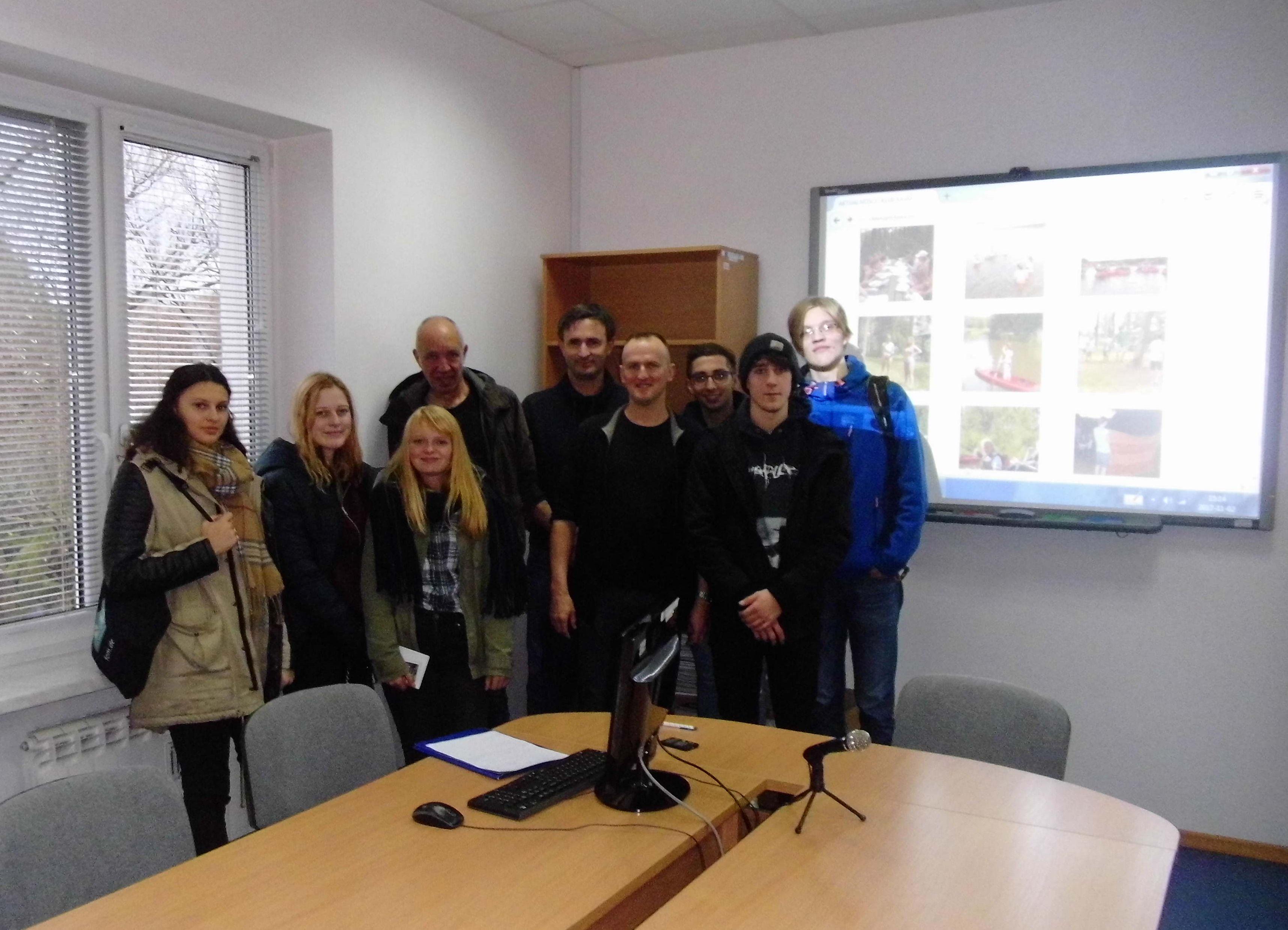 Ilustracja do informacji: Praktyki zawodowe niemieckich studentów w Szprotawie