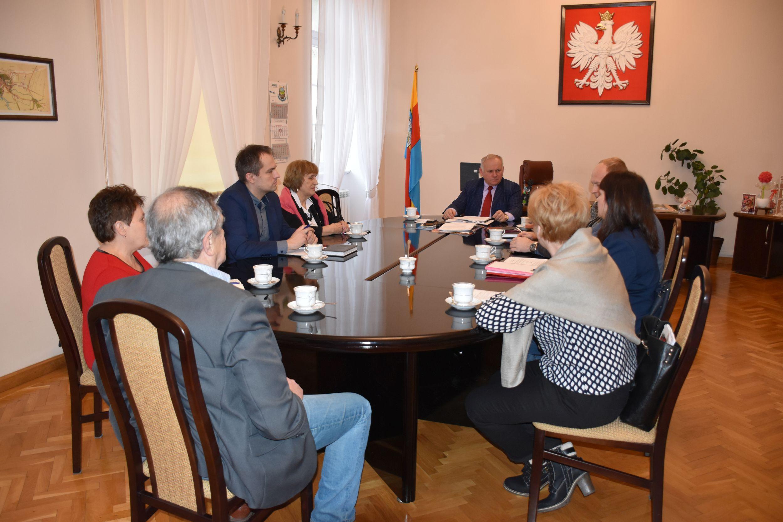 Ilustracja do informacji: Spotkanie w sprawie Rady Seniorów