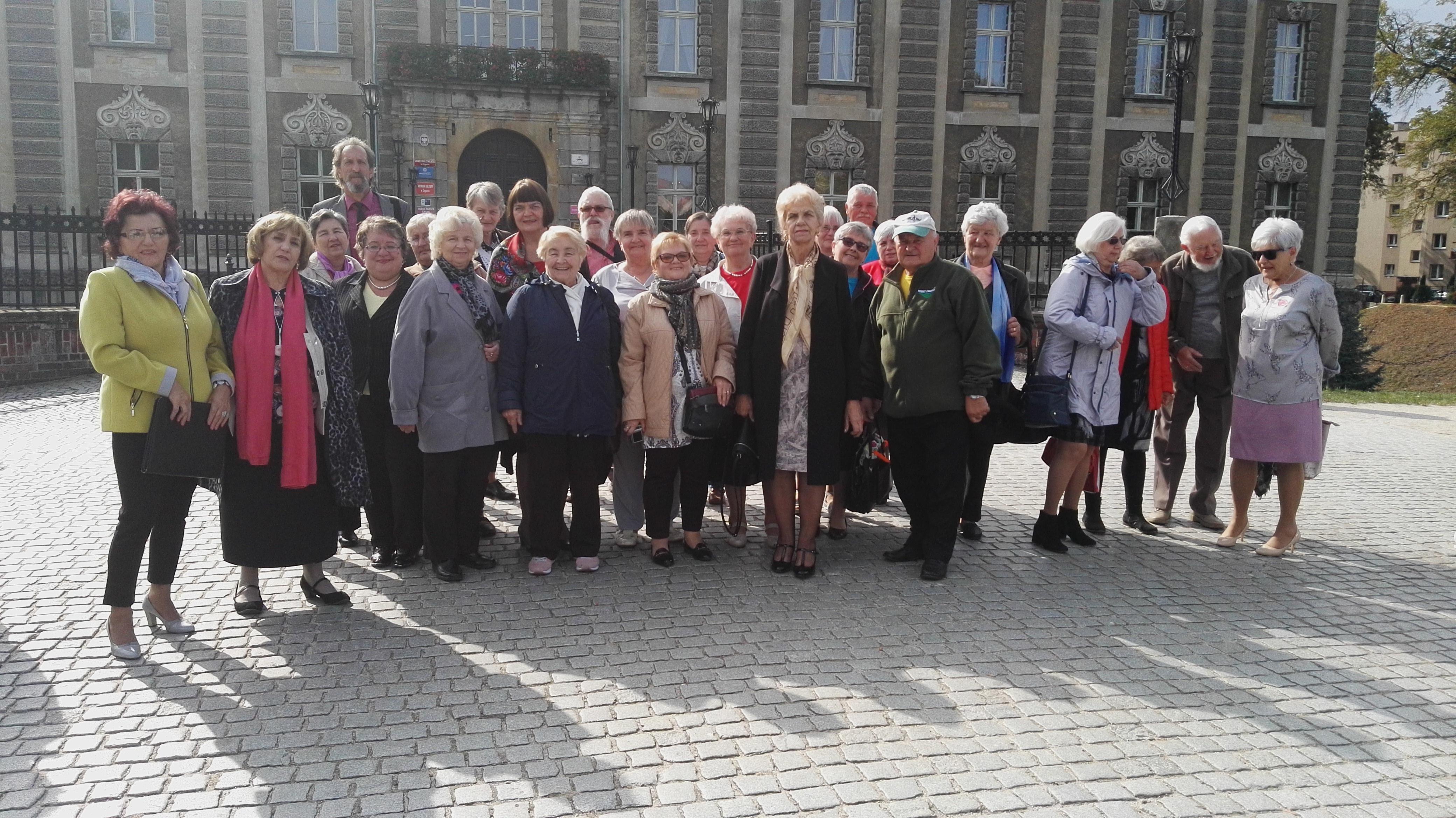 Ilustracja do informacji: Seniorzy z PZERiI uczcili swoje święto