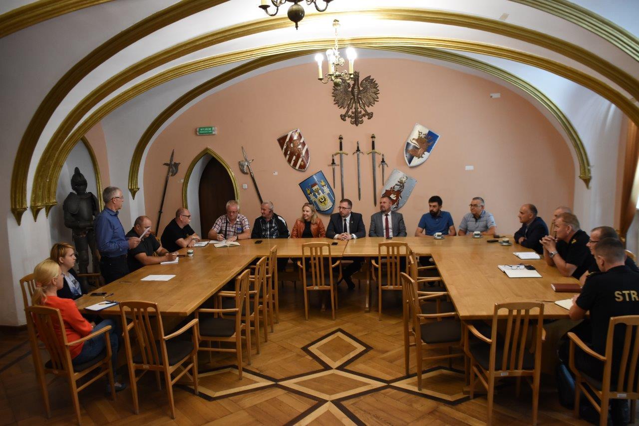Ilustracja do informacji: Posiedzenie Zespołu Zarządzania Kryzysowego