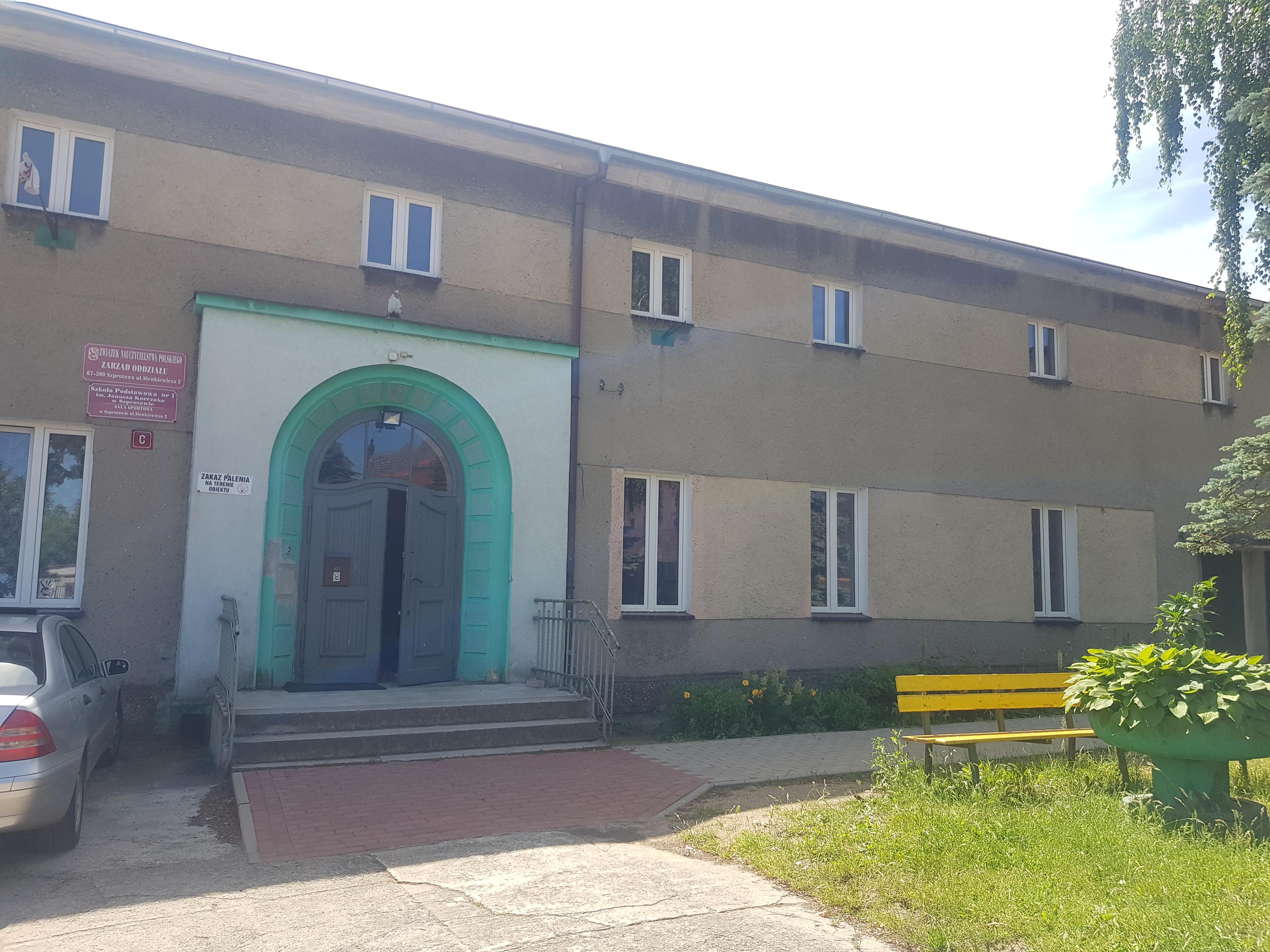 Ilustracja do informacji: Modernizacja pokrycia dachowego w sali OSIR w Szprotawie