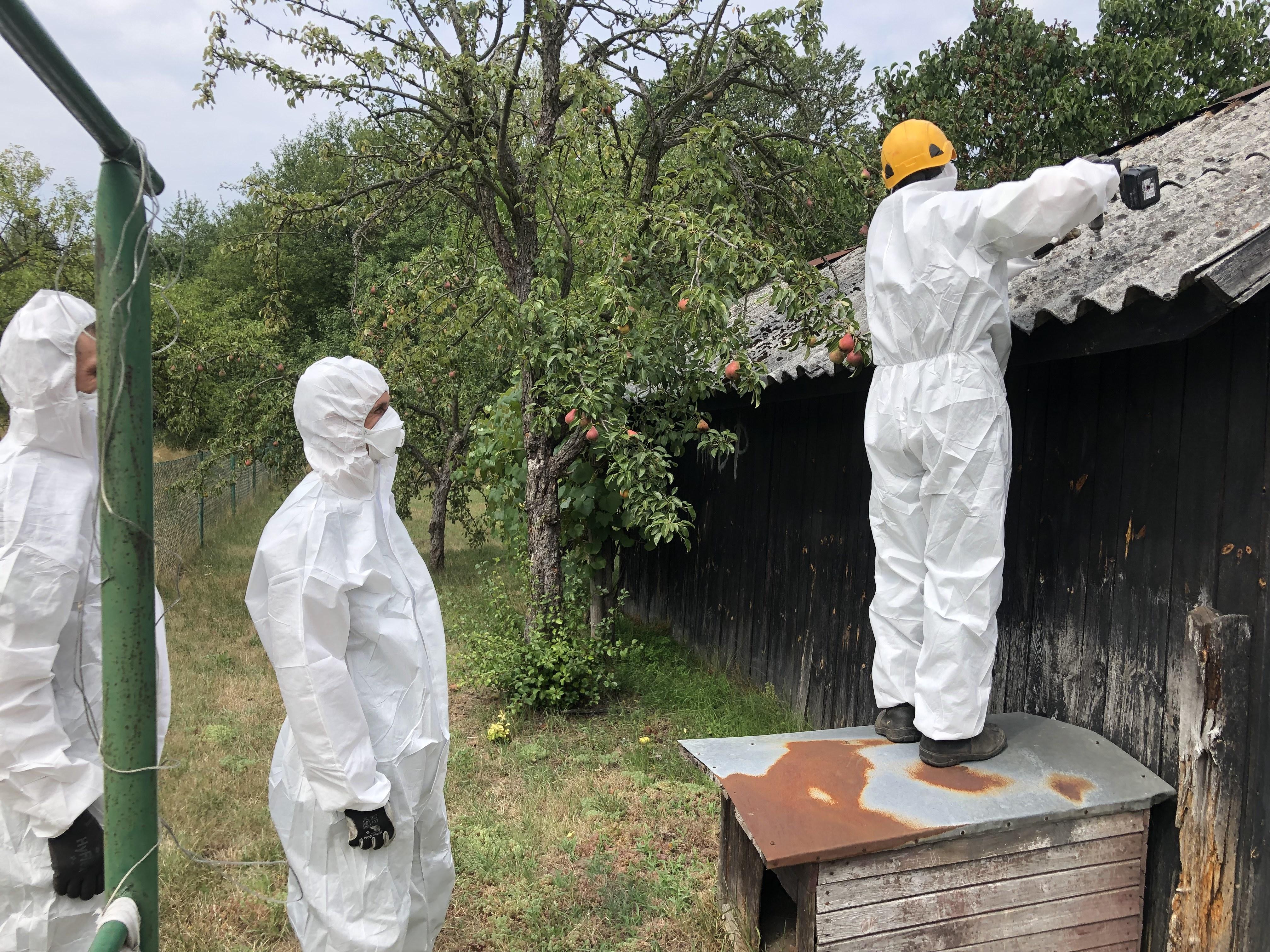 Ilustracja do informacji: Usuwamy niebezpieczny azbest