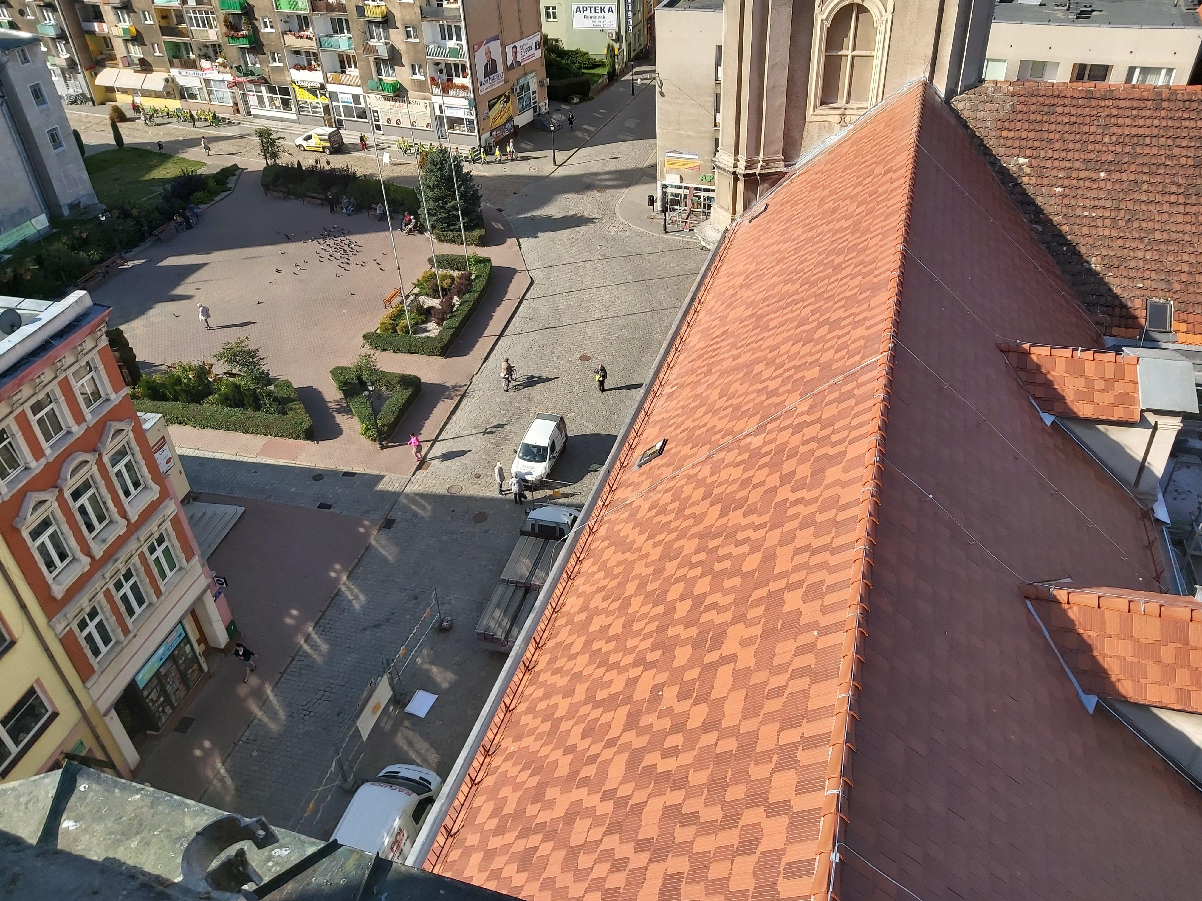 Ilustracja do informacji: Dziękujemy za nowy dach!