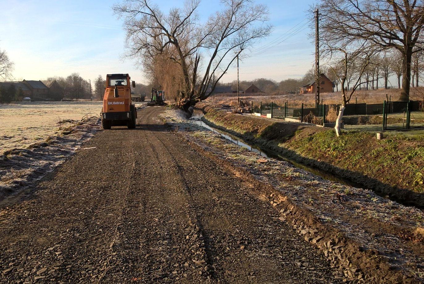 Ilustracja do informacji: Kolejna droga w trakcie modernizacji
