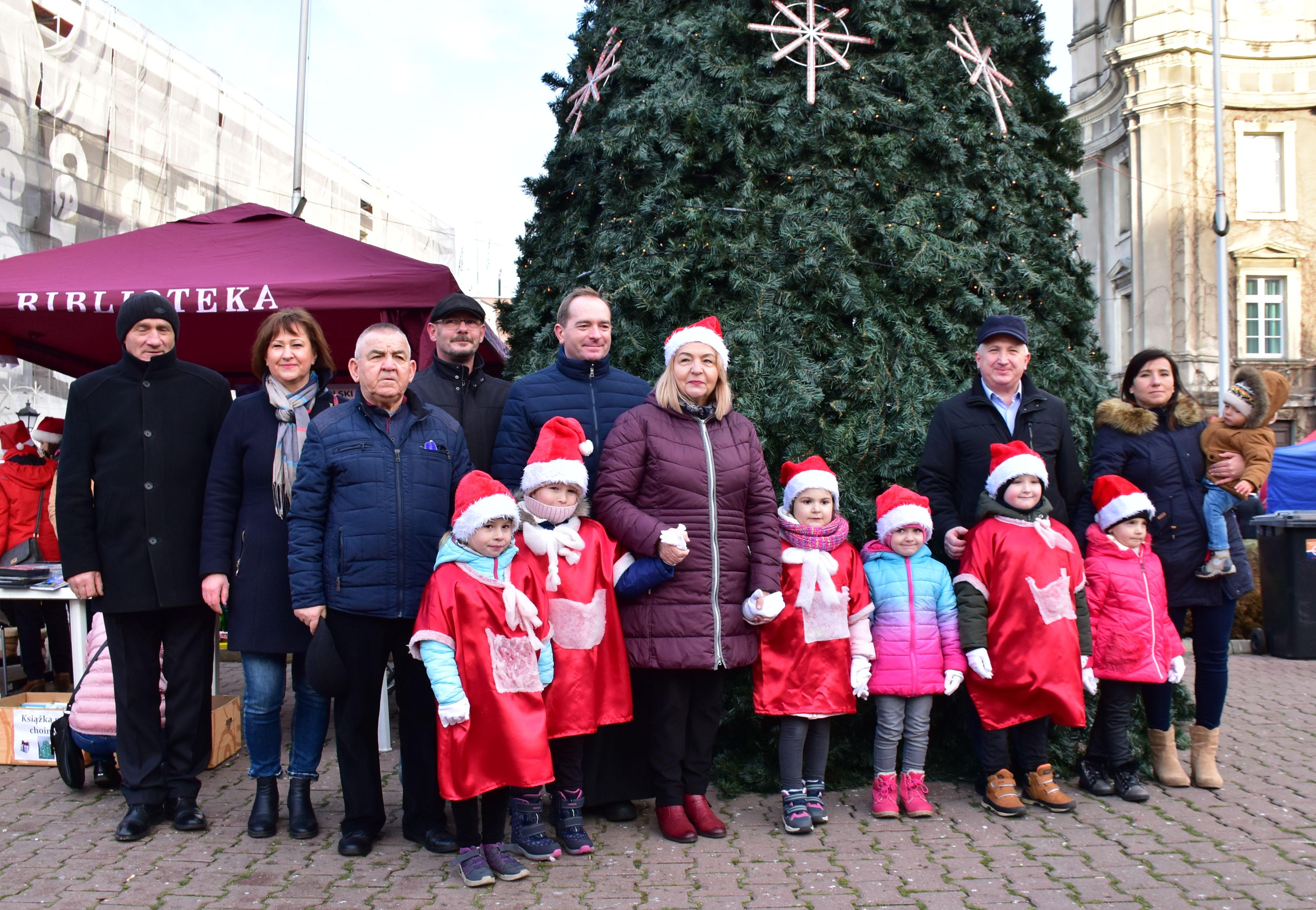 Ilustracja do informacji: Najpiękniejszy Jarmark Bożonarodzeniowy - tylko w Szprotawie!