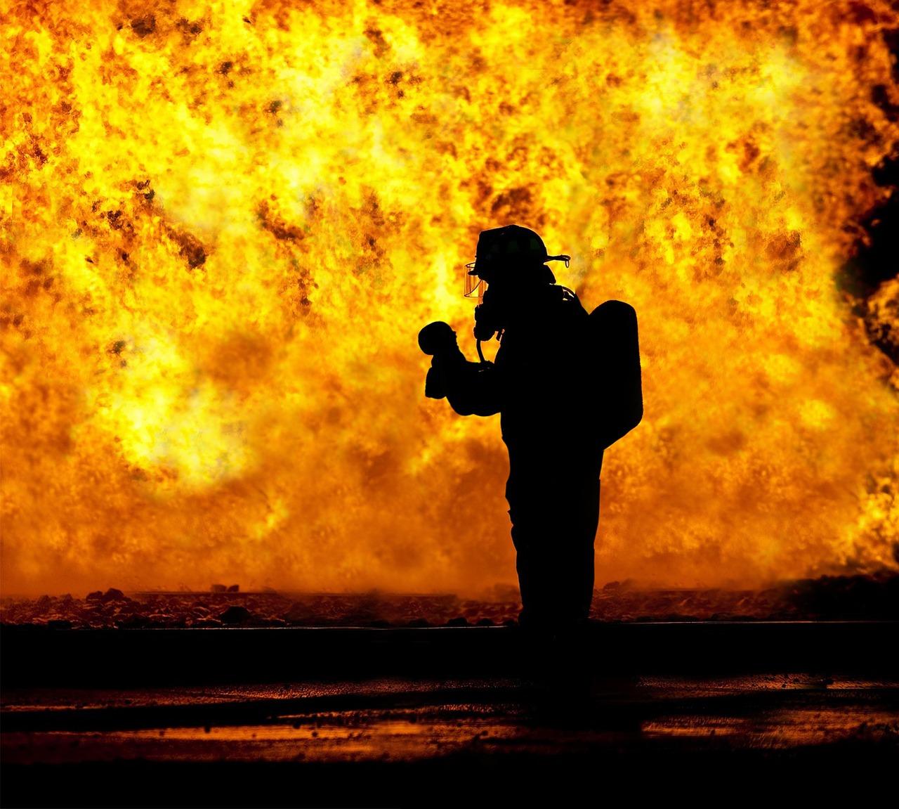 Ilustracja do informacji: Apel o czyszczenie kominów i ostrożność