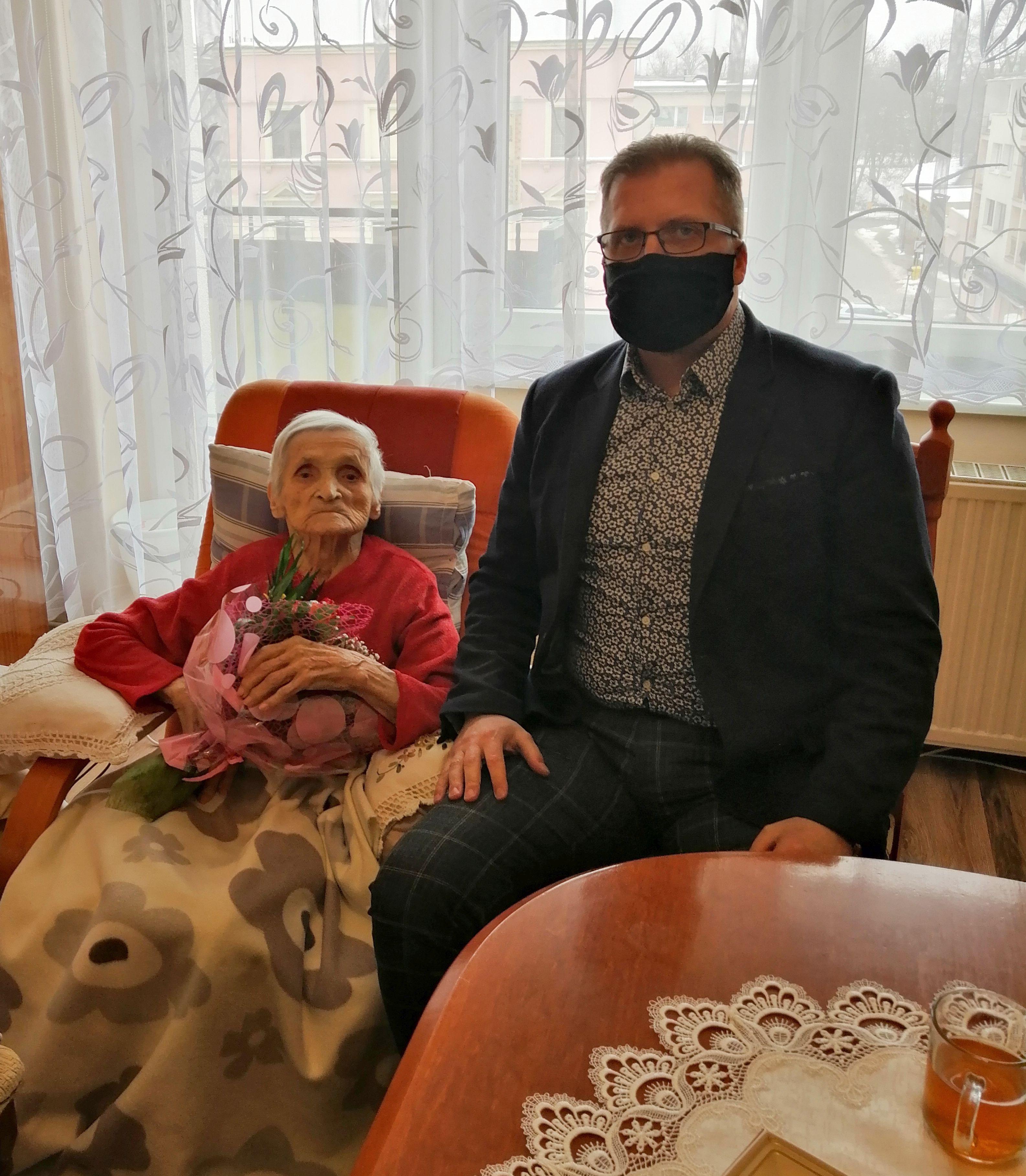 Ilustracja do informacji: Najlepsze życzenia dla 100-letniej Szprotawianki