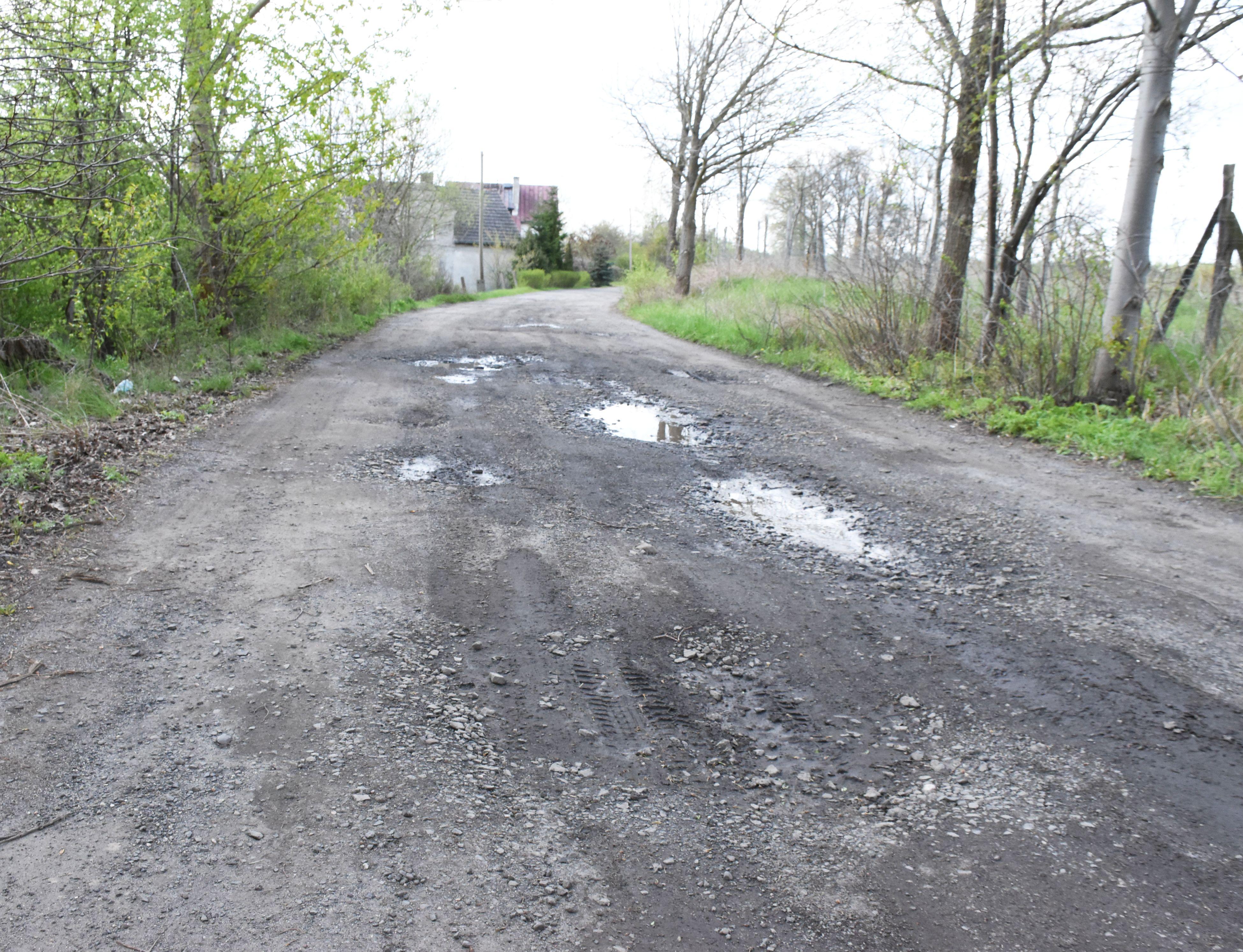 Ilustracja do informacji: Będą kolejne kilometry nowych dróg na terenach wiejskich!
